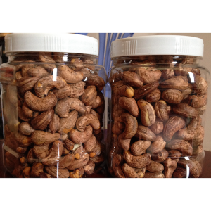 500g jar roasted salted cashews